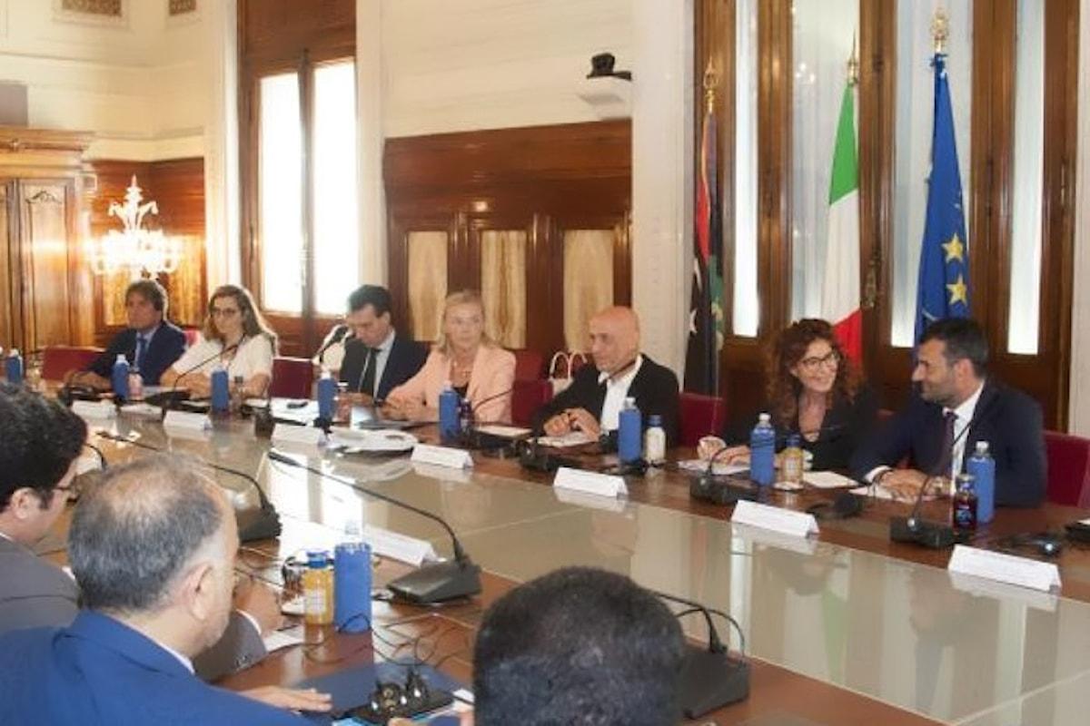 Minniti incontra i sindaci libici al Viminale per parlare di trafficanti di esseri umani