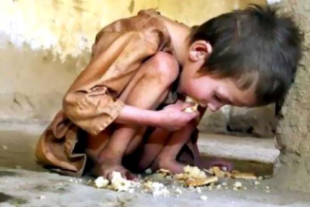 Unicef e Banca Mondiale: sono 385 milioni i bambini che vivono in condizioni di estrema povertà