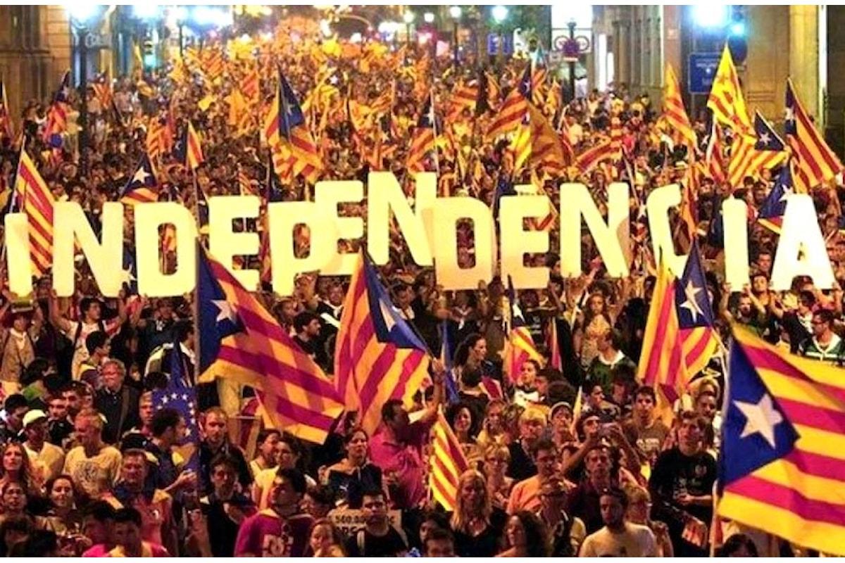 Madrid applica l'articolo 155, la Catalogna si proclama Repubblica indipendente