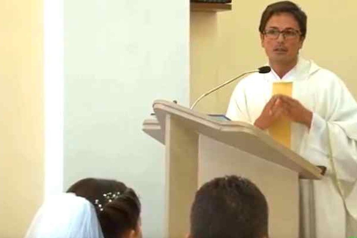 Un prete napoletano durante l'omelia: «Quel poveraccio di Higuain...»