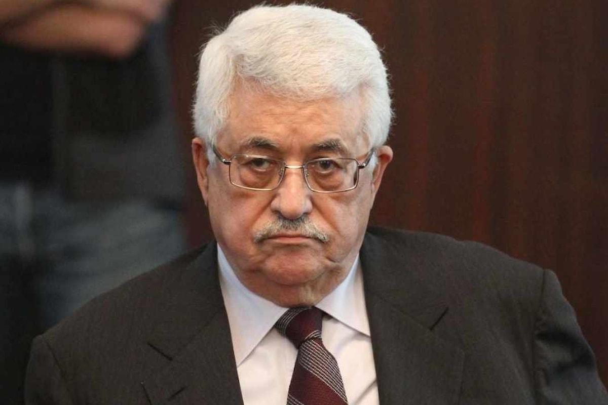 Donald Trump telelfona ad Abu Mazen e lo invita alla Casa Bianca