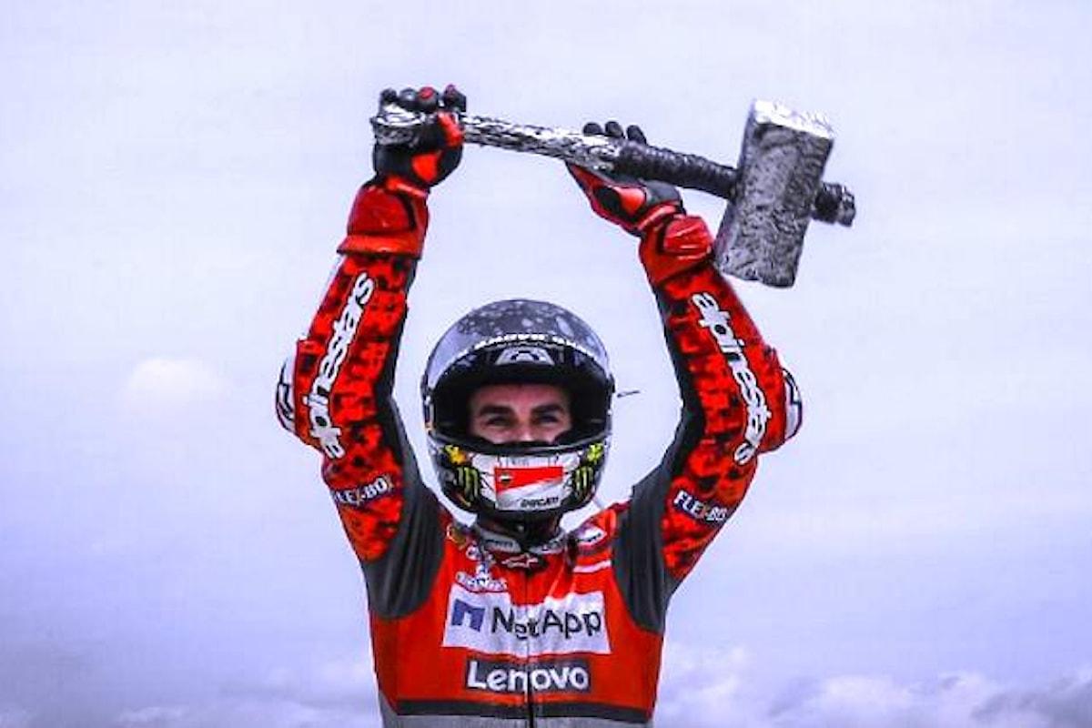 MotoGP 2018, il martello Lorenzo detta legge anche nel Gran Premio della Catalogna
