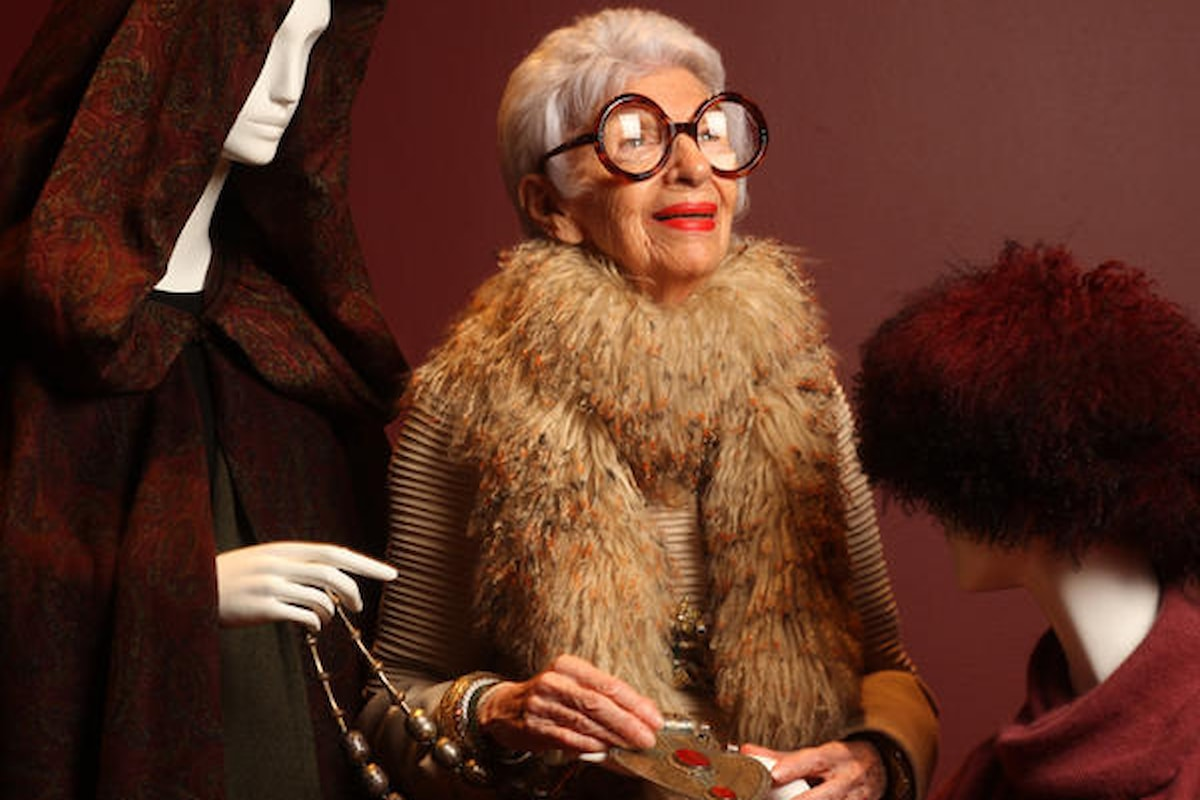 Iris Apfel e i segreti per uno stile leggendario