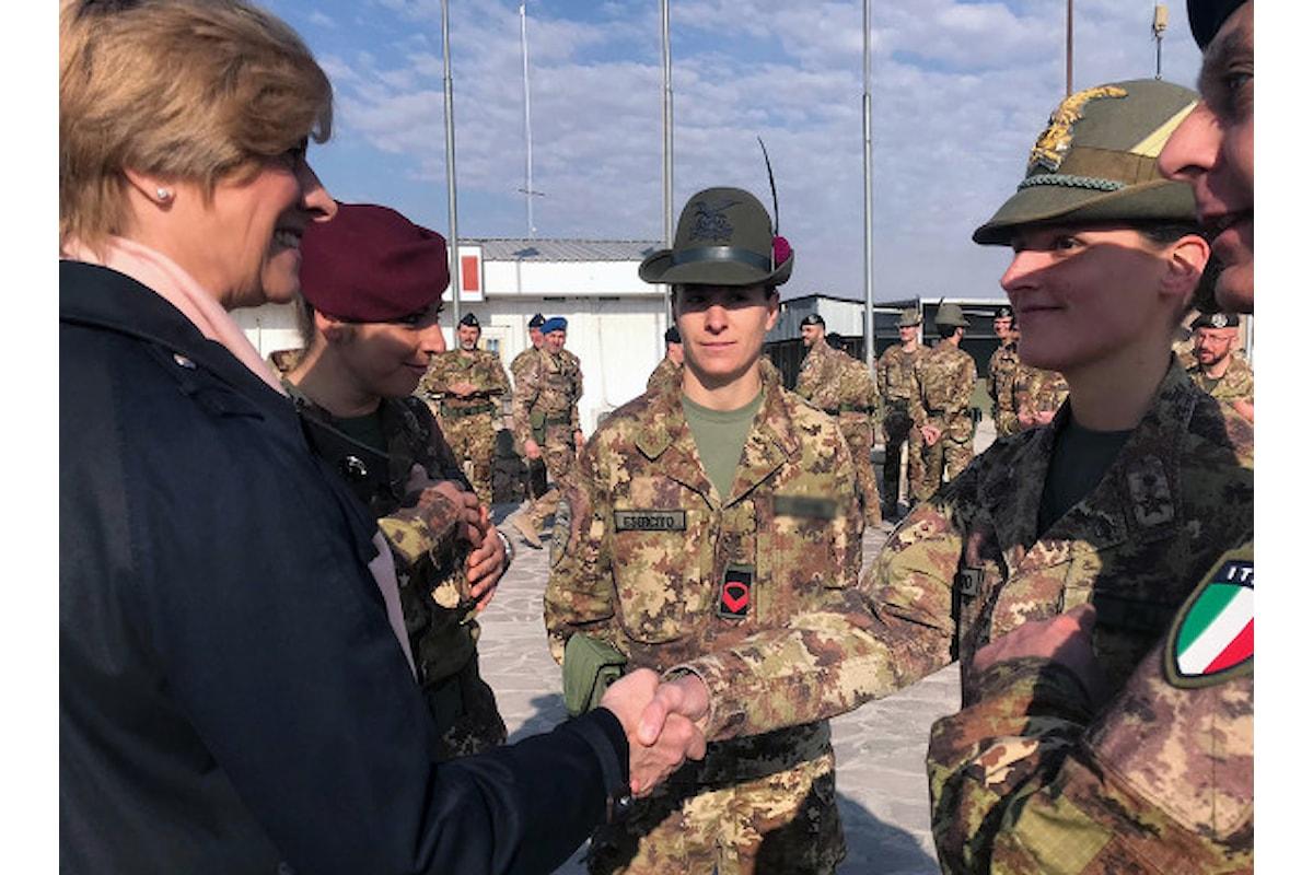 Afghanistan, Pinotti ai militari italiani: Grazie per la dedizione con cui svolgete un compito importante per la Patria