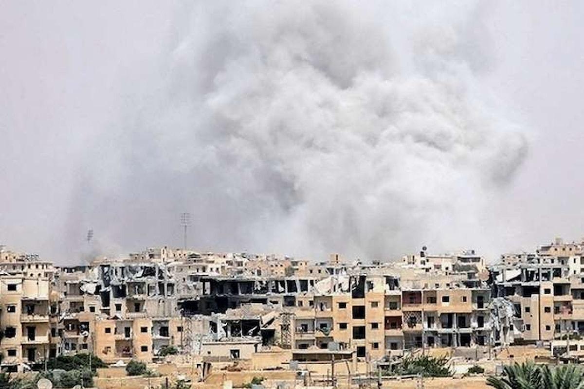 Unicef, a Raqqa 50.000 civili intrappolati e vittime di sanguinosi combattimenti. La metà sono bambini