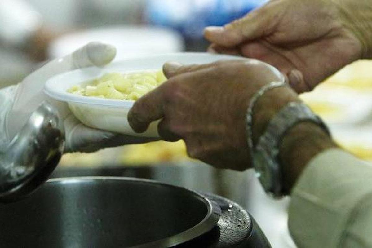 Povertà: in Italia 2.7 milioni di persone senza cibo
