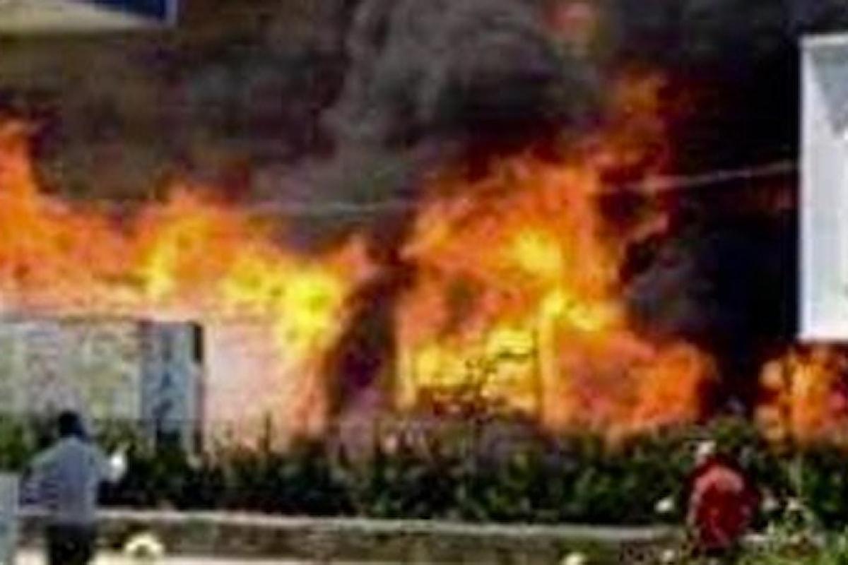 Incendi Napoli, una vittima nel napoletano