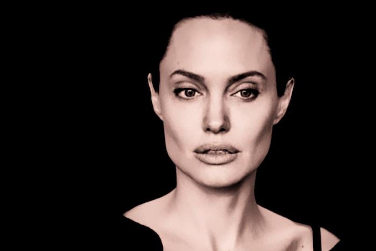 L'avvocato della Jolie lascia, perché la sua cliente è diventata troppo cattiva
