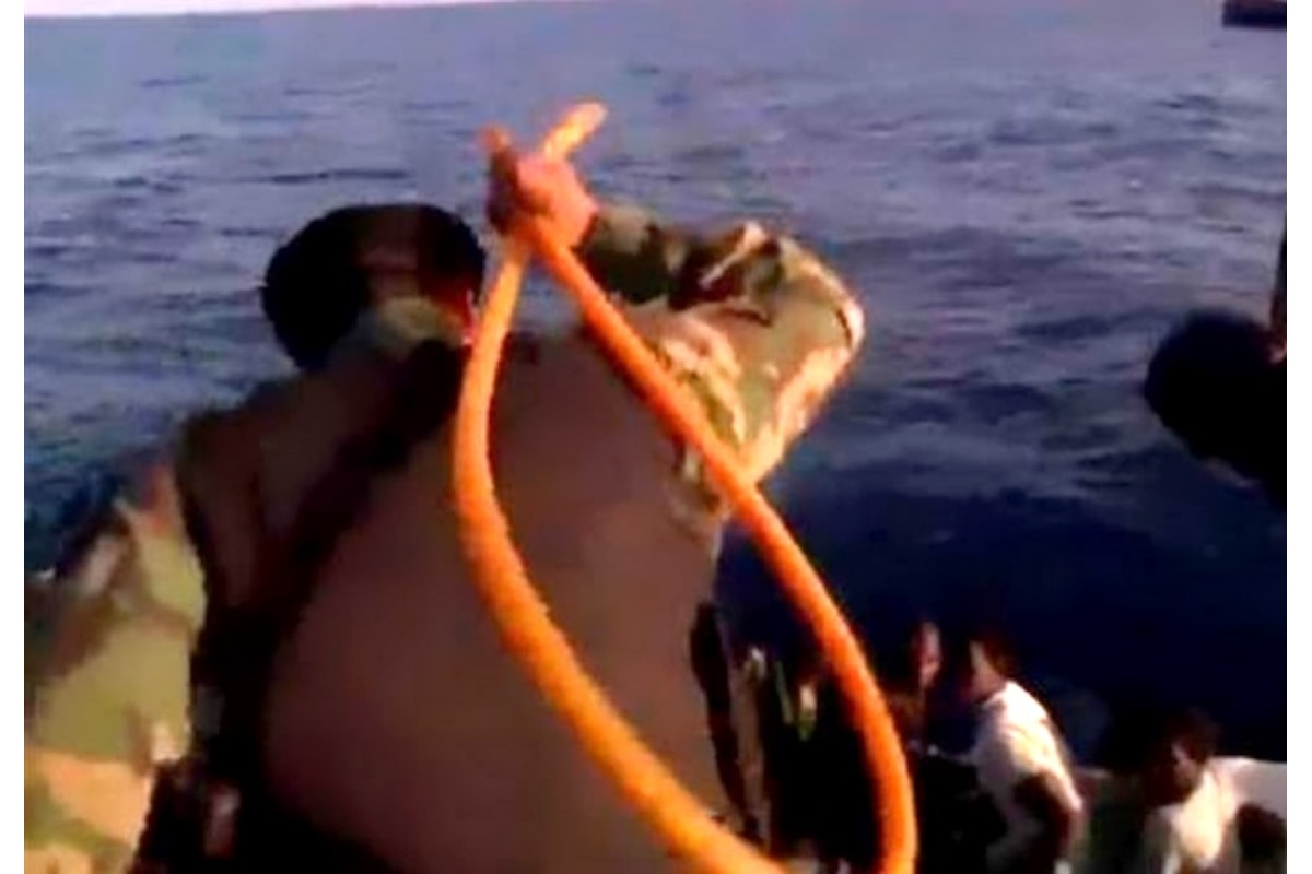 Entro il 2020 l'Italia affiderà alla sola Guardia costiera libica il salvataggio dei migranti nel sud del Mediterraneo