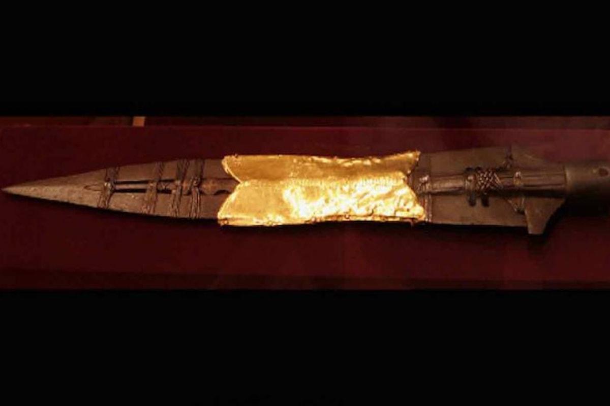 La storia e la leggenda della misteriosa reliquia: la Lancia di Longino