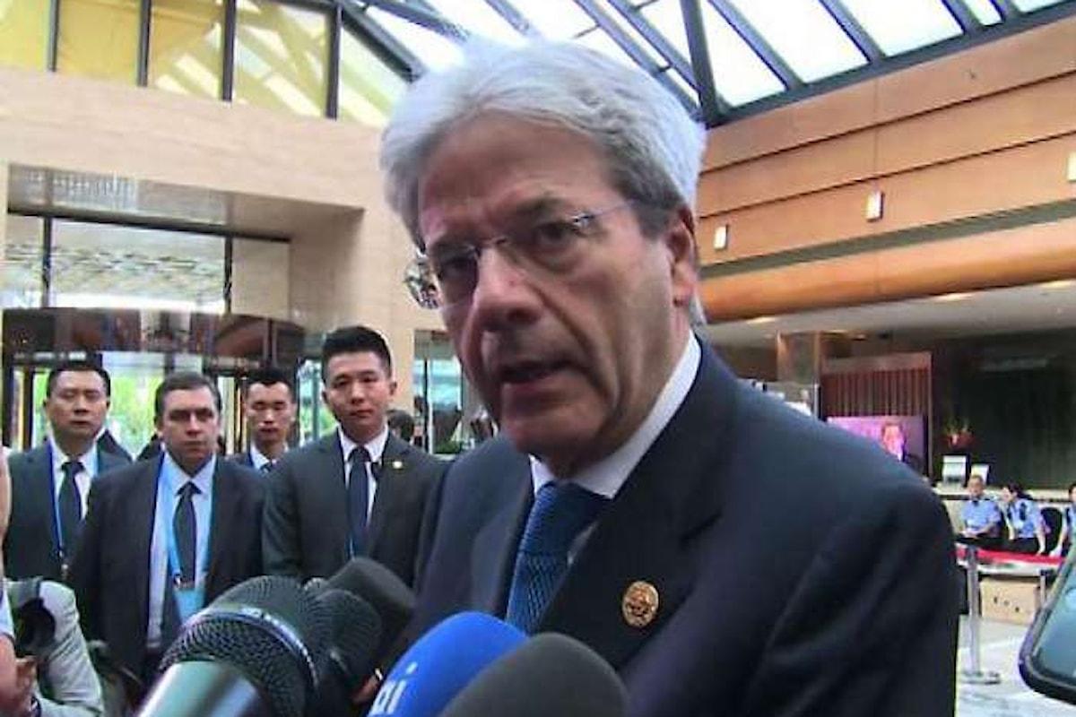Gentiloni nega l'evidenza per difendere la sottosegretaria Boschi