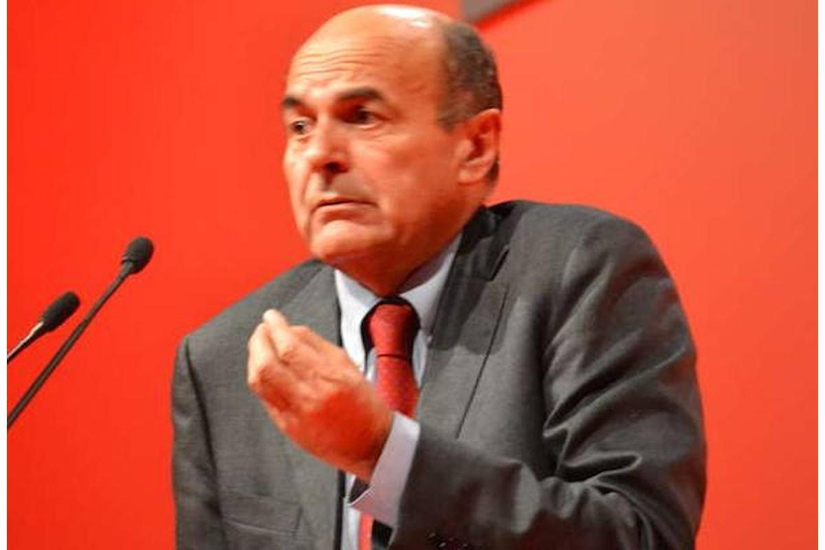 I mal di pancia di Bersani per costringere Renzi ad accettare il congresso anticipato