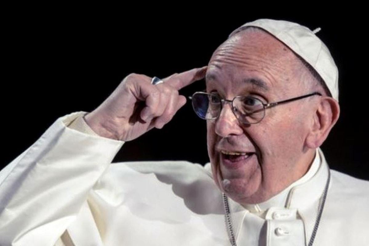 Il Papa condanna il liberismo: il denaro deve servire, non governare
